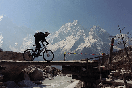 Manaslu, Aarughat to Besi Sahar - Mountain Bike Adventure Holiday in Nepal, Himalayas