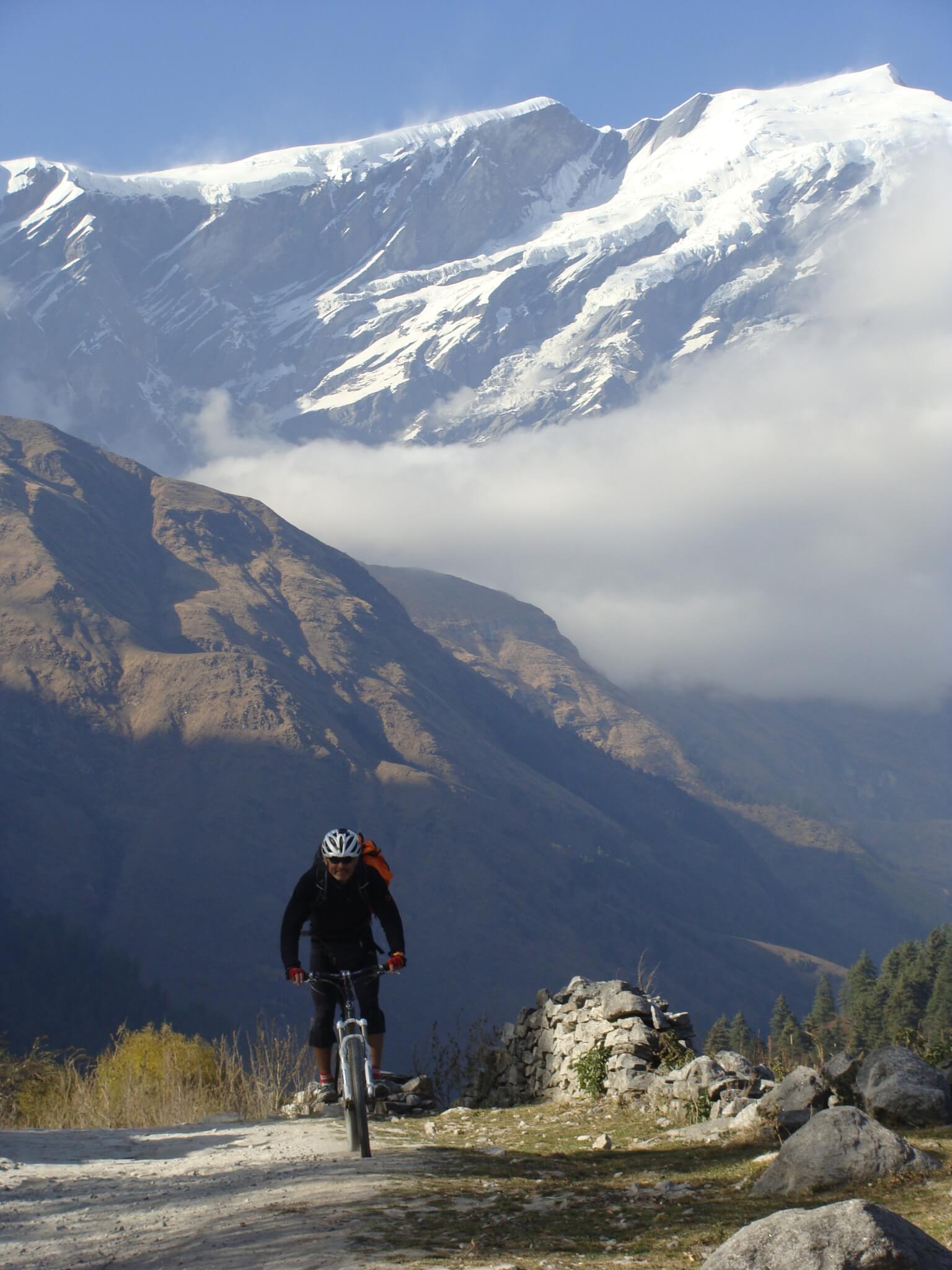 mini mustang mountain bike tour in nepal himalayas. Black Bedroom Furniture Sets. Home Design Ideas